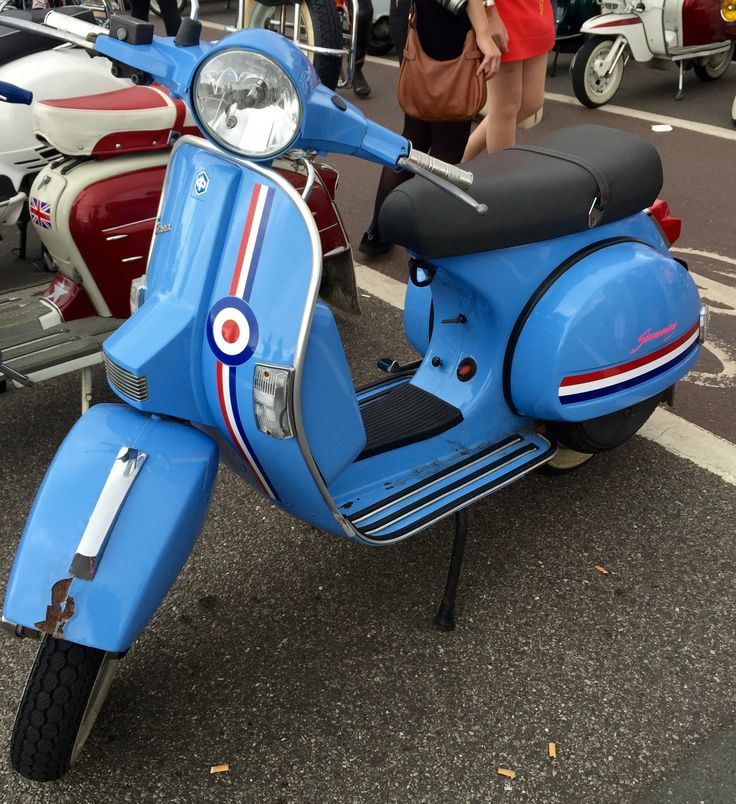 Modculture In Brighton, August Bank Holiday, 2016. Lovely scooter!