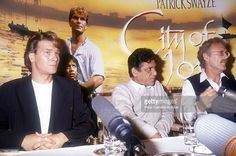 News Photo : American actor Patrick Swayze attends a press...