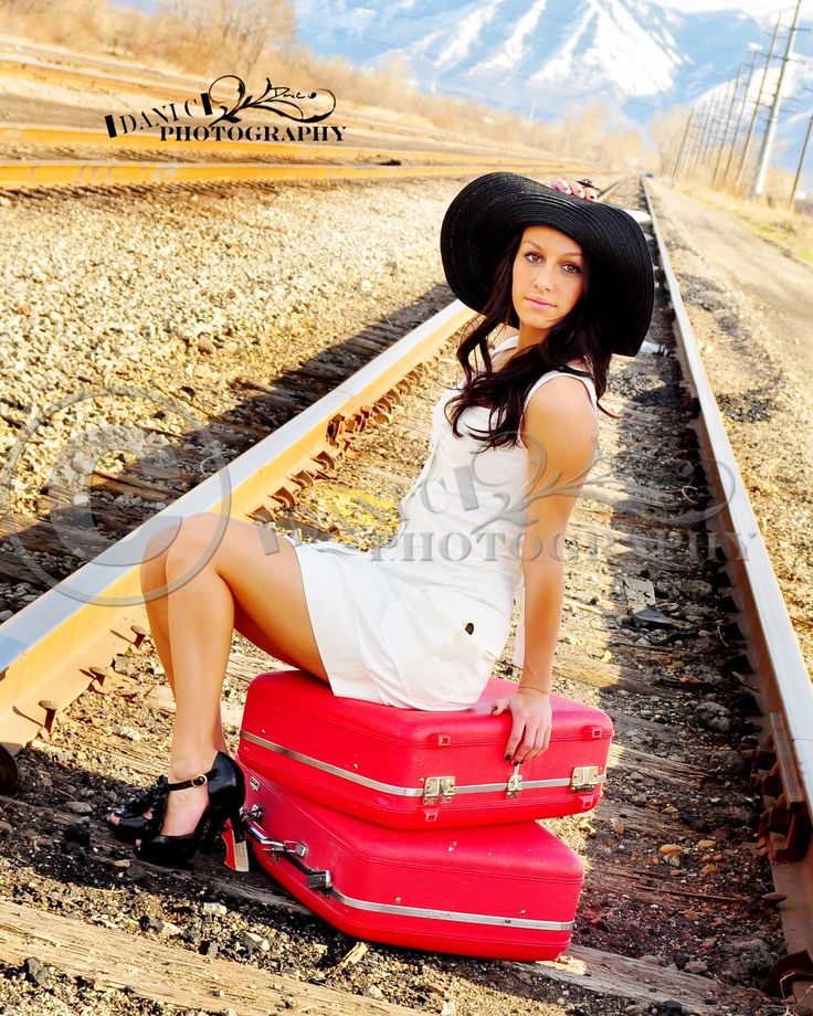 Senior Picture Ideas In The Country: Best 25+ Unique Senior Photography Ideas On Pinterest