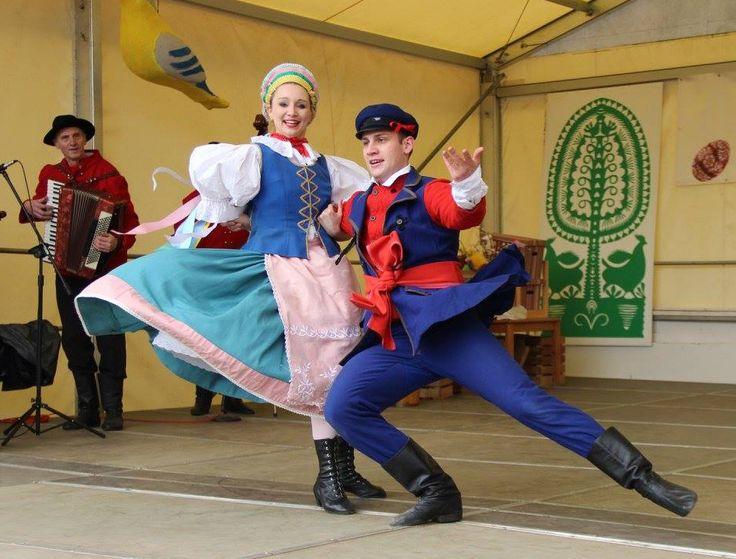 Region of Kujawy. Polish Folk Costumes / Polskie stroje ludowe