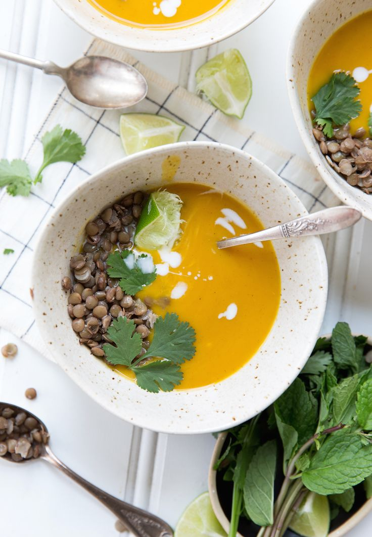 Creamy Pumpkin Soup with Curry & Lentils