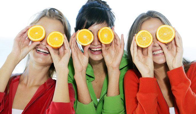 Addio cellulite: gli 8 super alimenti che vi aiuteranno a sconfiggere la buccia d'arancia