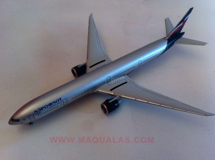 Boeing 777-300ER a escala 1:500 de Herpa