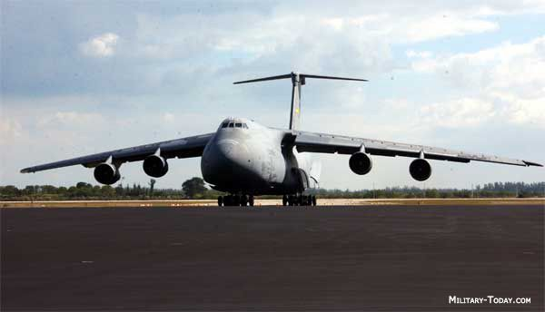 c5 aircraft | The Lockheed C-5 Galaxy is the largest aircraft routinely operated by ...