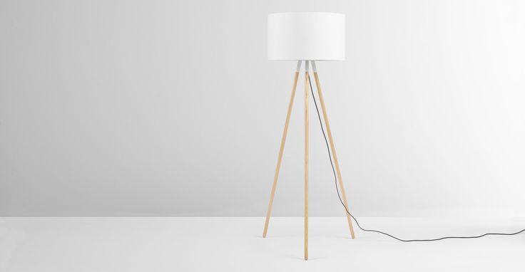 Eric Tripod-Stehlampe, Weiß - MADE.com Jetzt bestellen unter: https://moebel.ladendirekt.de/lampen/stehlampen/standleuchten/?uid=2dd1d3f1-d628-50d9-b253-147da0b1eff9&utm_source=pinterest&utm_medium=pin&utm_campaign=boards #stehlampen #leuchten #lampen