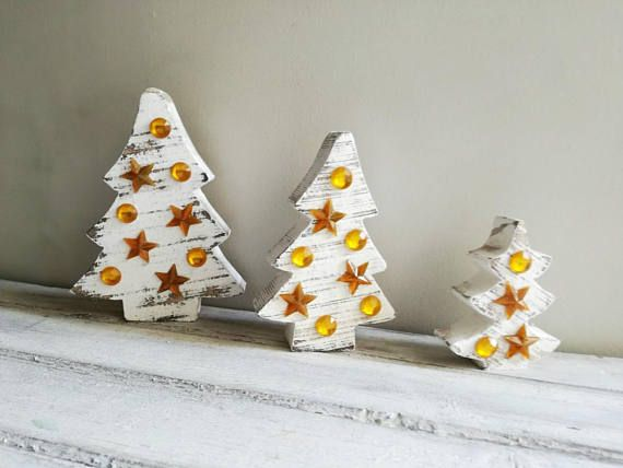 Distressed wood Xmas trees wooden Christmas trees in