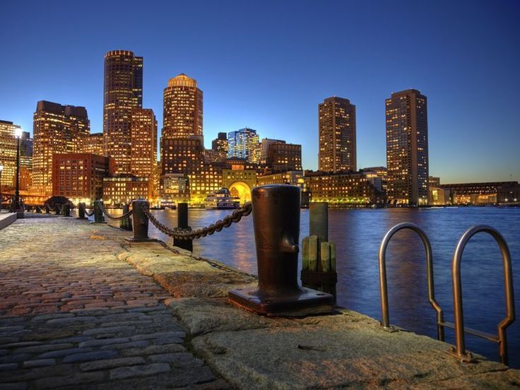 With a distinctly continental climate and an enviable location, within touring distance of Canada, New York and Washington DC, the capital city of Massachusetts is one of the 'must visit' cities on America's east coast and below are our top 10 things to do in Boston