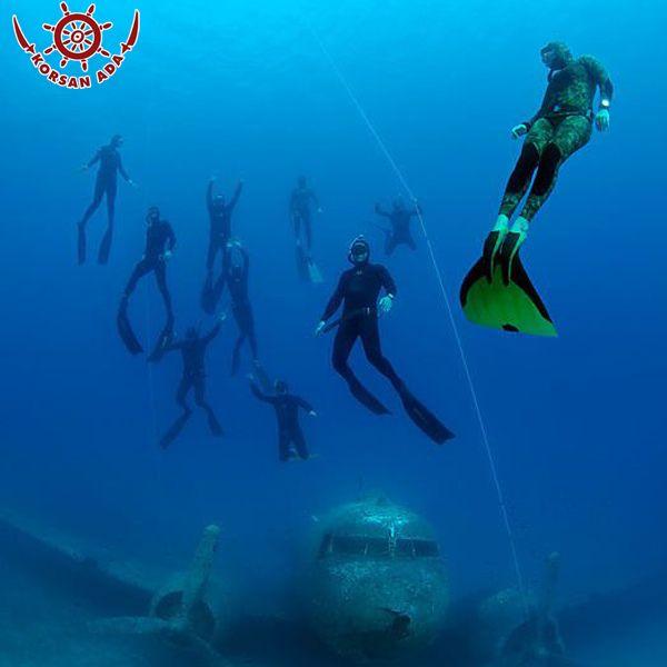 Kaş hotelde arkadaşlarınızla dalış keyfini doyasıya yaşayın. http://bit.ly/1IAoiDM  #tatil #dalış #deniz #kaş #antalya