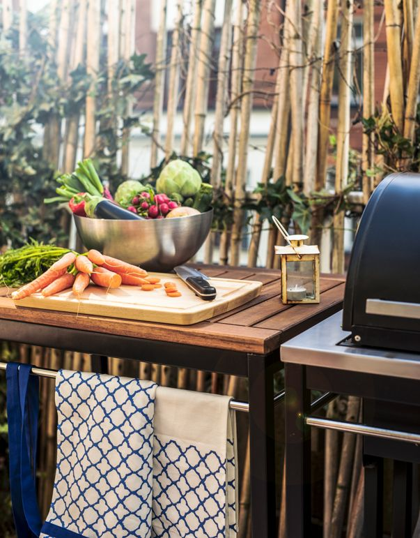 Host the perfect BBQ or summer cookout right in your own backyard! The IKEA KLASEN serving cart provides an extra storage area and can be moved easily so you can cook, serve and entertain!