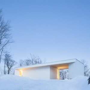 Bright white home - MU Architecture _ Canadian architecture; awesome interior design; continuity of the environment; cool shape