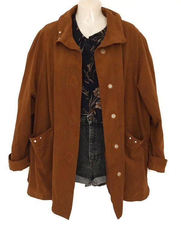 Mein Vintage Leder Optik Jacke Wildleder Look 80er Jahre Oversize Urban Style  von true vintage. Größe Uni für 65,00 €. Schau es dir an: www.klei…