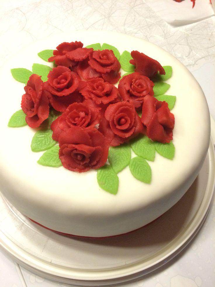 Marzipan-Rosen-Torte