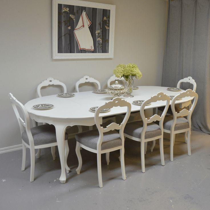 1800-tals matgrupp med 8 stolar i Rokokostil