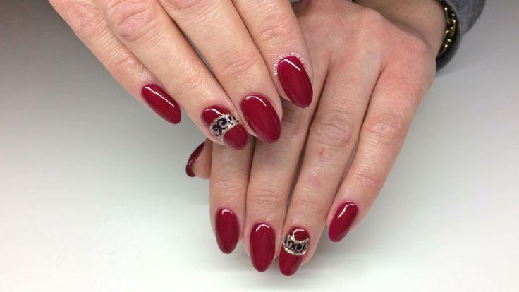 http://www.mywonderland.pl/valentines-day-nails/
