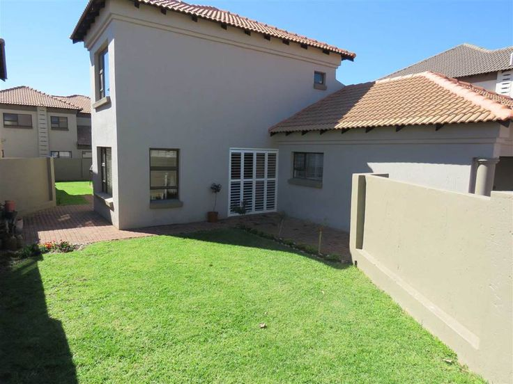 Explore this property 3 Bedroom House in Willow Acres