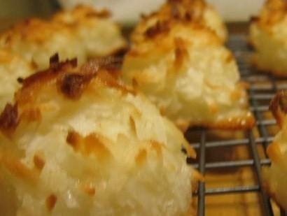 2 Ingredient Toasted Coconut Macaroon Cookie Creations