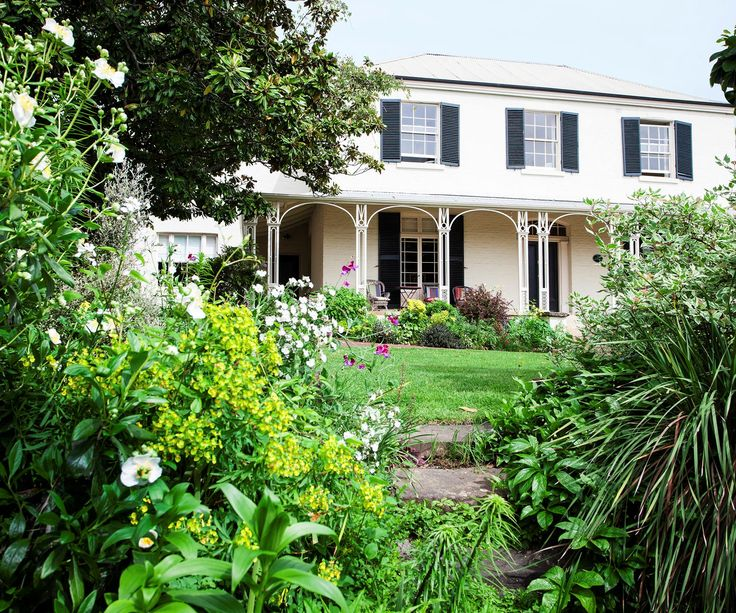 An evergreen Launceston garden where magnificent old trees and verdant foliage steal the show.