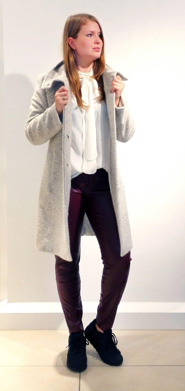 Outfit der Woche! Wollmix-Mantel mit Stehkragen & verdeckter Knopfleiste, Langarm-Schluppenbluse aus reiner Seide & Lederimitathose: Boss Orange #fashion #ootw
