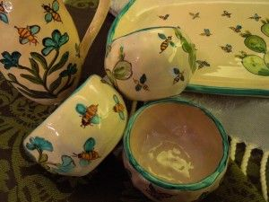 Here comes the 2012 extra virgin olive oil and Toscana Lovers, the Tuscan handicraft boutique, which supplies us with the small dipping bowls for the italian pinzimonio