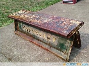 Tailgate-Bench-from-old-tailgates-22
