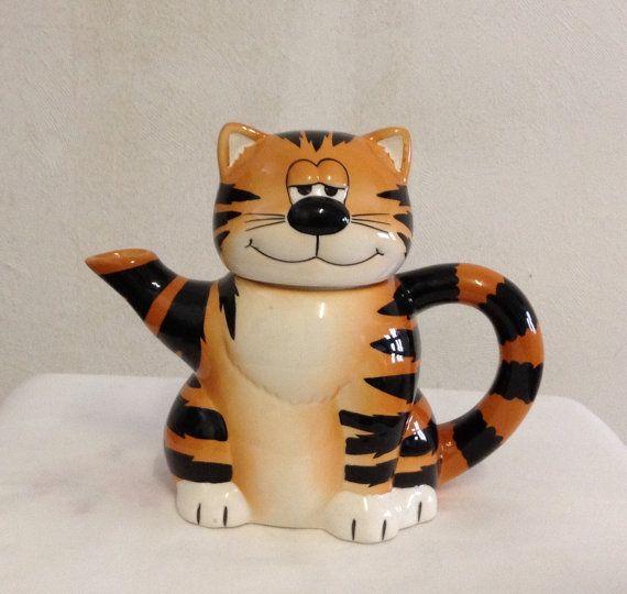 Novelty Tea Kettles ~ Vintage cat tea pot novelty teapot by alfiejaynevintage on