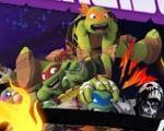 Em Tartarugas Ninja Monstro da Velocidade, torne-se um monstro da velocidade na Nickelodeon, dirigindo um carro rápido com uma Tartaruga Ninja. Não só de luta e batalha vive um herói, como é o caso desses mutantes adolescentes que vivem no esgoto e volta e meia defendem a cidade durante a noite, enquanto humanos dormem. Nossas tartarugas gostam também de uma boa volta de carro. É por isso que neste jogo você pode atingir a velocidade máxima com o veículo de um deles, tentando cobrir toda a…
