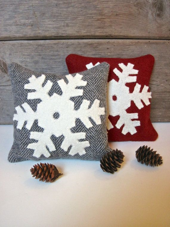 Hey, I found this really awesome Etsy listing at https://www.etsy.com/listing/112899103/decorative-balsam-pillow-snowflake