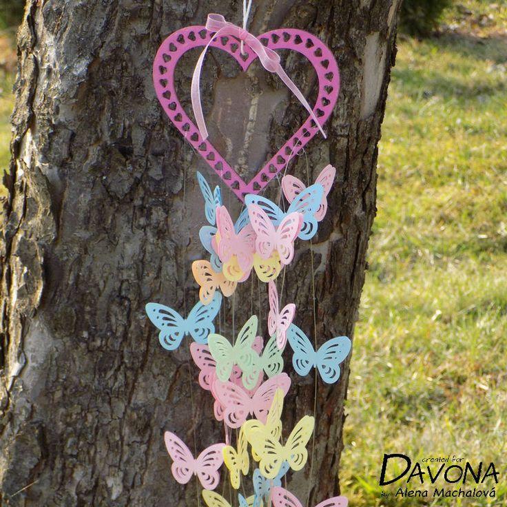 Vyrobte společně s dětmi jarní závěs s motýli. | Davona výtvarné návody