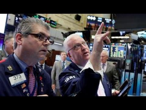 The Dow Jones Industrial Average continues to rise! (Comment from me: ...as a reaction to Trump's new orders and acts!)  Reblogged from Fox Business on YouTube - link https://www.youtube.com/watch?v=Xxx1vFvpwVc The rights for this video belong to Fox Business