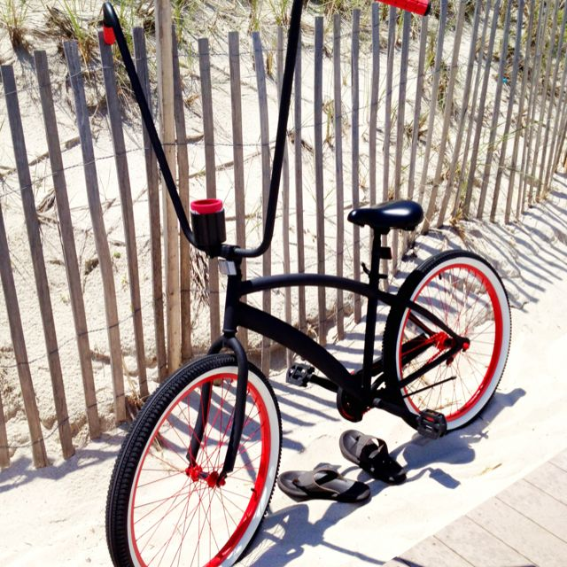 Beach Cruiser. Check out those handle bars. Want.