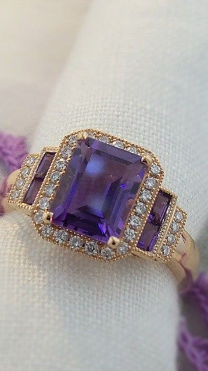 Amethyst and Diamonds in 18K Rose Gold...so simple, so elegant, so beautiful, so colorful! www.zomacolor.com