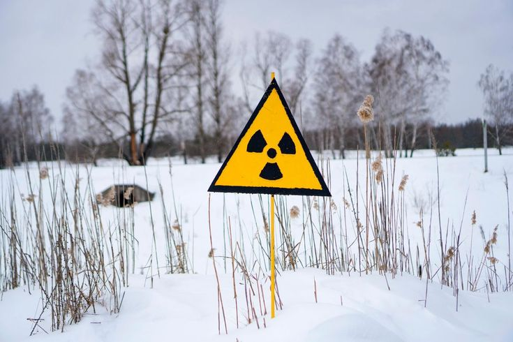 Radiation Is Put to Good Use for Once in Chernobyl - The infamous nuclear wasteland is now home to the worlds unlikeliest green energy experiment. Ukraine wants to boost solar hydro wind biomass and biogas output to 11 percent of power generation by 2020. http://ift.tt/2FB9CuT