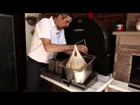Evde Beyaz Peynir Yapımı - YouTube