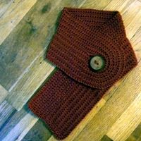 Buttonhole Scarflet - free crochet patterns - scarves, slippers and hats