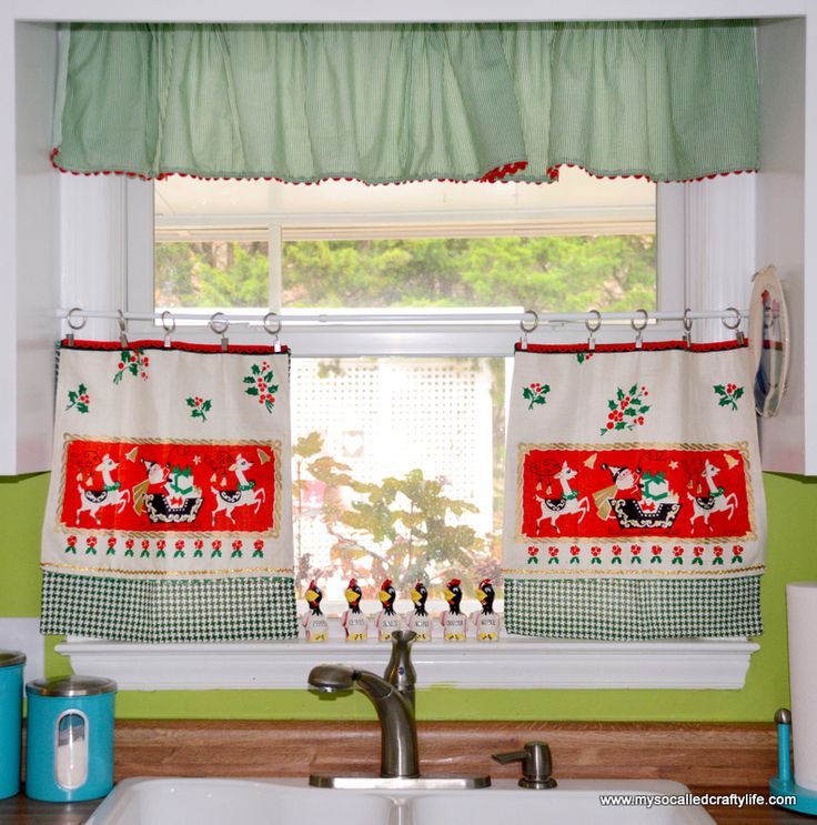 Marvelous DIY Upcycled Vintage Tea Towel Christmas Curtains | My So Called Crafty Life