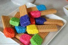 Ideas coloridas para servir dulces en tus fiestas