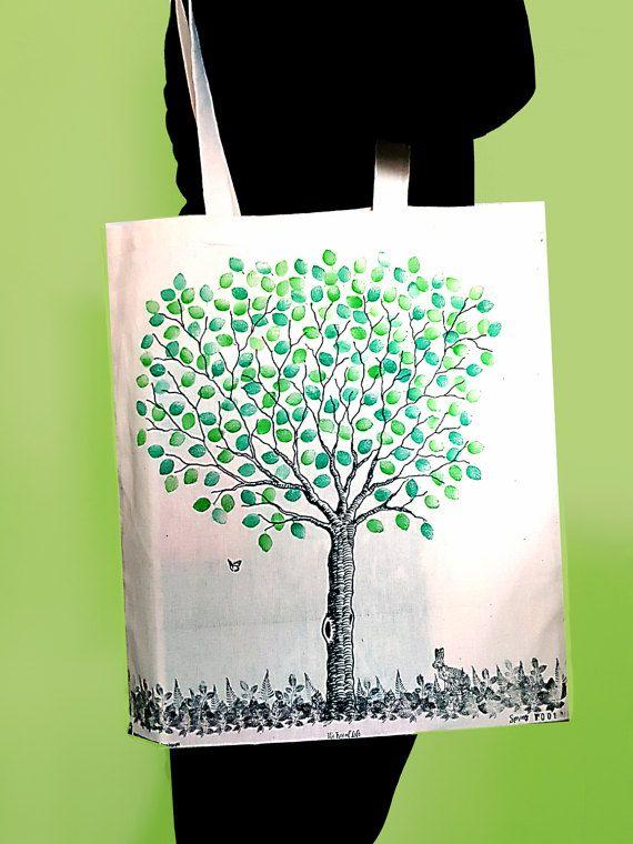 Ehi, ho trovato questa fantastica inserzione di Etsy su https://www.etsy.com/it/listing/507710221/borsa-shopper-con-albero-in-primavera