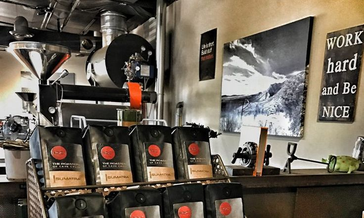 Free coffee at Roastery of Cave Creek and LGO on National Coffee Day - On Friday, September 29, 2017, the Valley's premier coffee roaster Roastery of Cave Creek (ROC2) will be celebrating National Coffee Day by giving away complimentary coffee at their Cave Creek-based roastery, as well as the newly refreshed La Grande Orange Grocery.   While a variety of ROC2's... - https://azbigmedia.com/free-coffee-roastery-cave-creek-lgo-national-coffee-day/