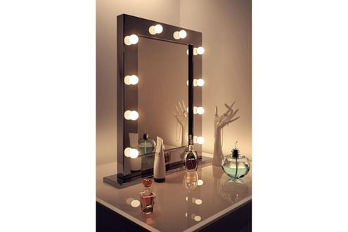 1000 id es sur le th me miroir de maquillage sur pinterest. Black Bedroom Furniture Sets. Home Design Ideas