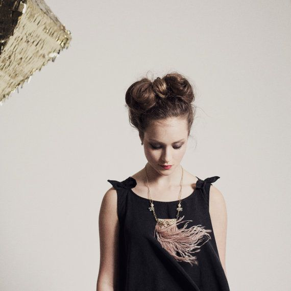 Dusty Pink Statement Feather Necklace  Tiger Statement by noemiah