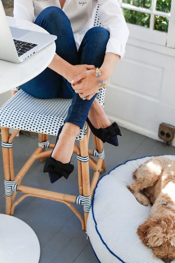 Navy & white living | Riviera Stools via Serena & Lily | Image via Design Darling