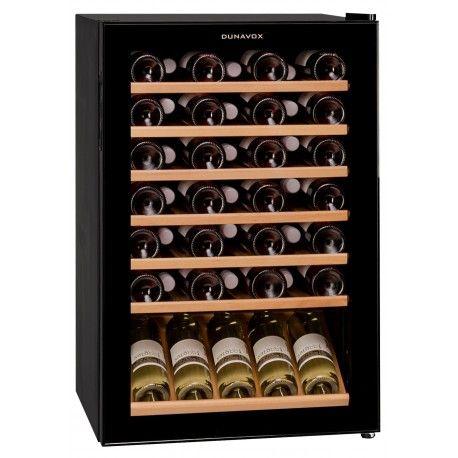 Racitor vinuri cu compresor DX-48.130K Racitorul de vinuri Dunavox DX-48.130K este singurul model Dunavox cu regulator de temperatura manuala.
