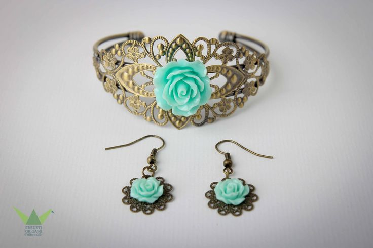 mint roses earrings and bracelet set