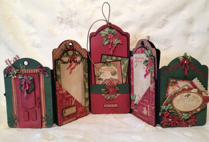 G45 The Twelve Days of Christmas tag mini album / photo display.  Can be Folded and displayed in many different ways- Blog base tutorial Tag series 3 Anne Rostad
