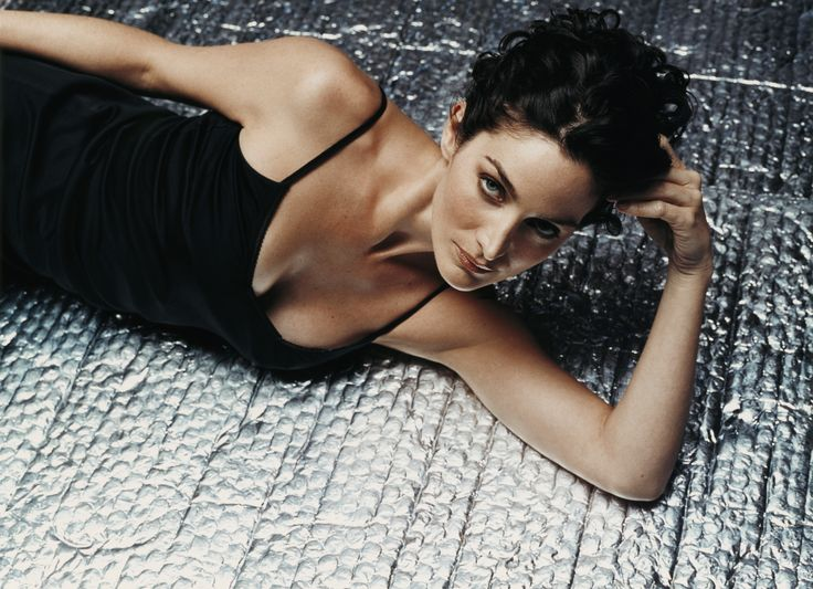 Carrie-Anne Moss photographed by Wayne Stambler