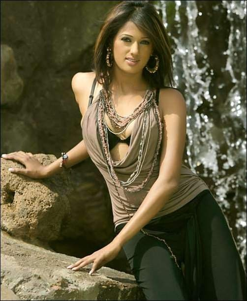 INDIAN PRETTY >> Bollywood Celebrities Girl