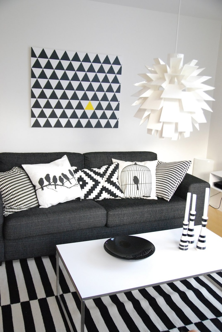 Art inspiration - Swap black for yellow and one black triangle