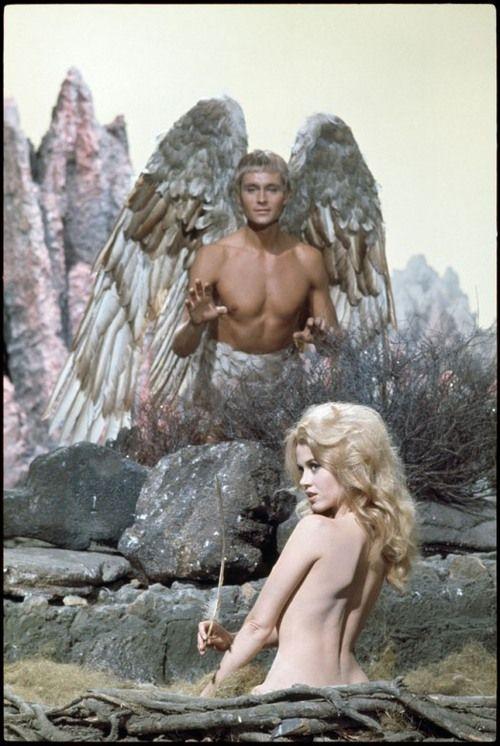 Tch035 - John Phillip Law and Jane Fonda on the set of Barbarella by David Hurn (1967)