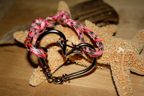 ATTENTION all boating and fishing chicks! The fish hook heart bracelets are now available in pink!!