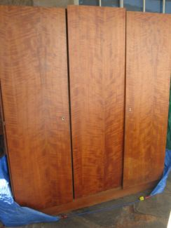 $60 Large WARDROBE 3 Door Clothing Cupboard Timber 150x53x170cm Text 0411691171 or email info@bitspencer.com